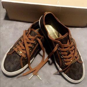 MK Micheal Kors Sneakers
